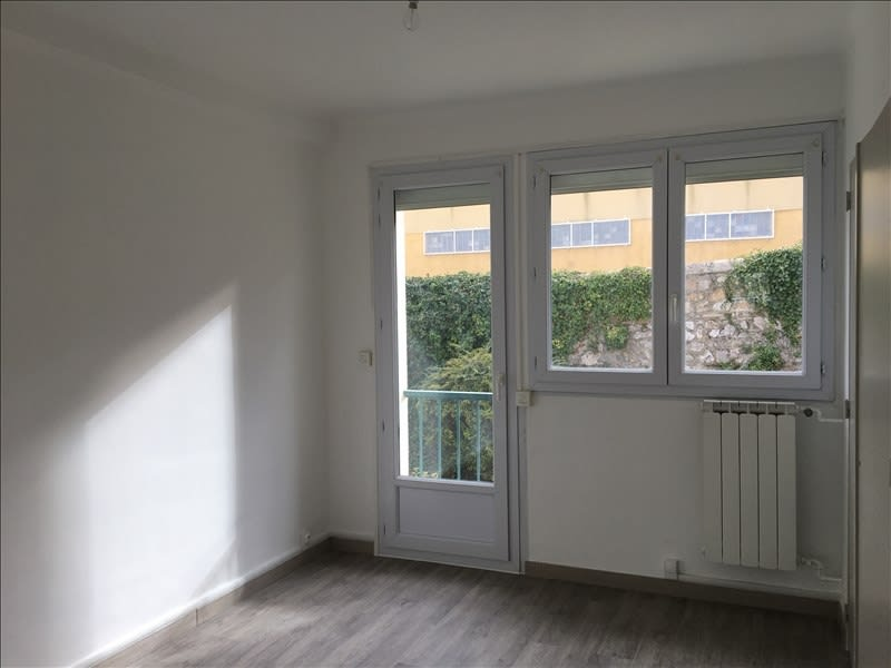 Rental apartment Aix en provence 858€ CC - Picture 5