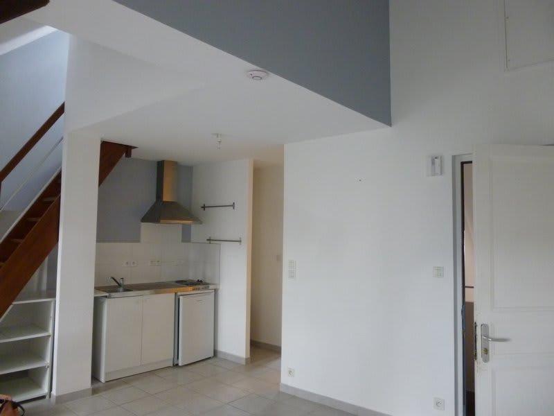 Location appartement Coutances 365€ CC - Photo 4