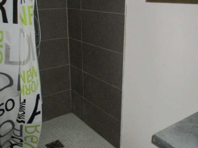 Location appartement Nimes 450€ CC - Photo 4