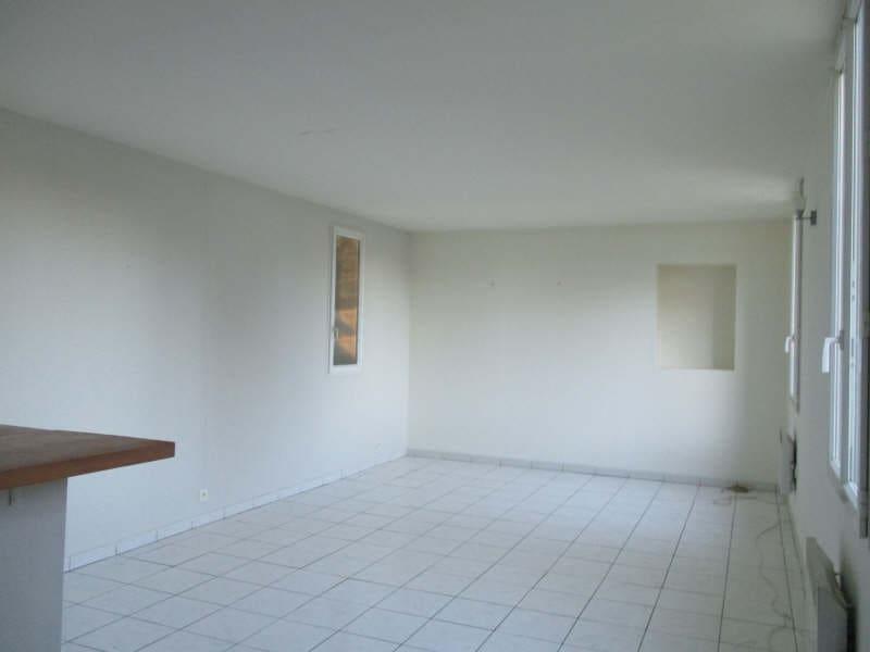 Location appartement Nimes 460€ CC - Photo 2