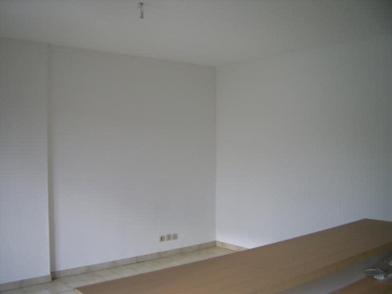 Verkoop  appartement Nimes 86000€ - Foto 4