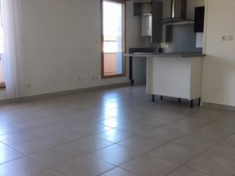 Location appartement Prevessin-moens 1360€ CC - Photo 2