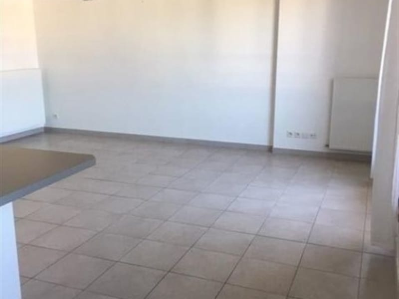 Location appartement Prevessin-moens 1360€ CC - Photo 3
