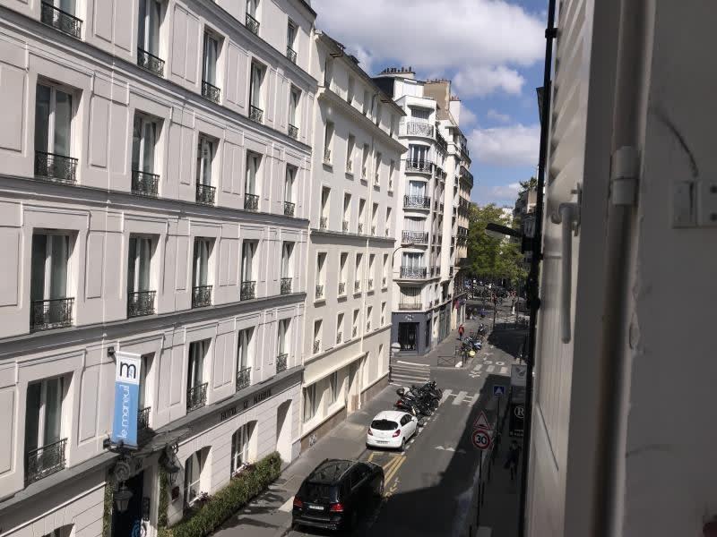 Rental apartment Paris 11ème 1042€ CC - Picture 1