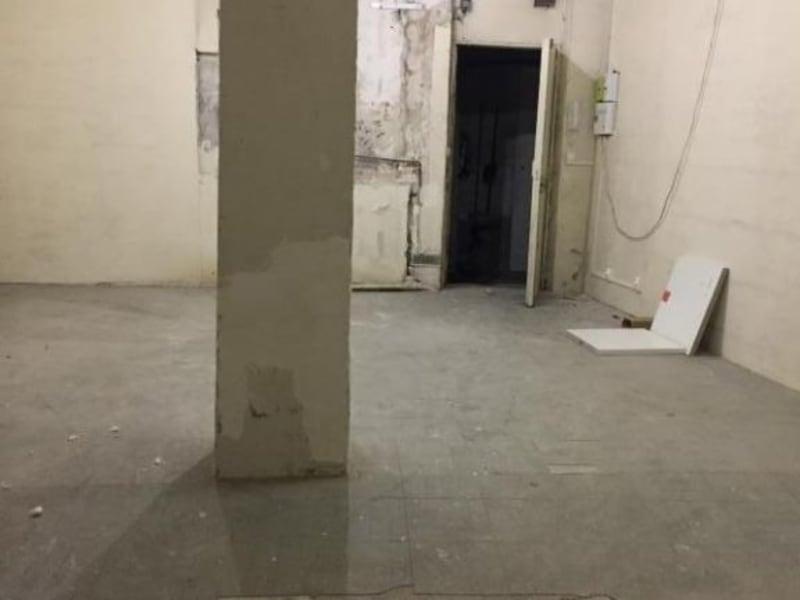 Rental empty room/storage Paris 10ème 920€ HC - Picture 2