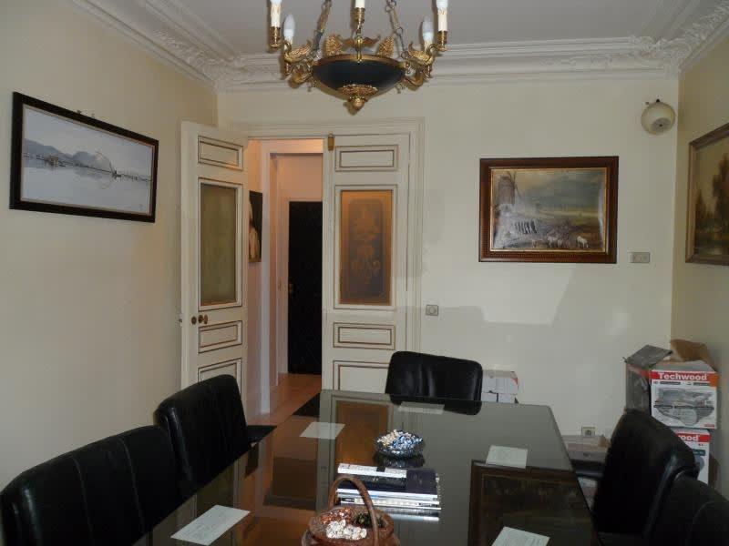 Sale apartment Paris 10ème 978500€ - Picture 3