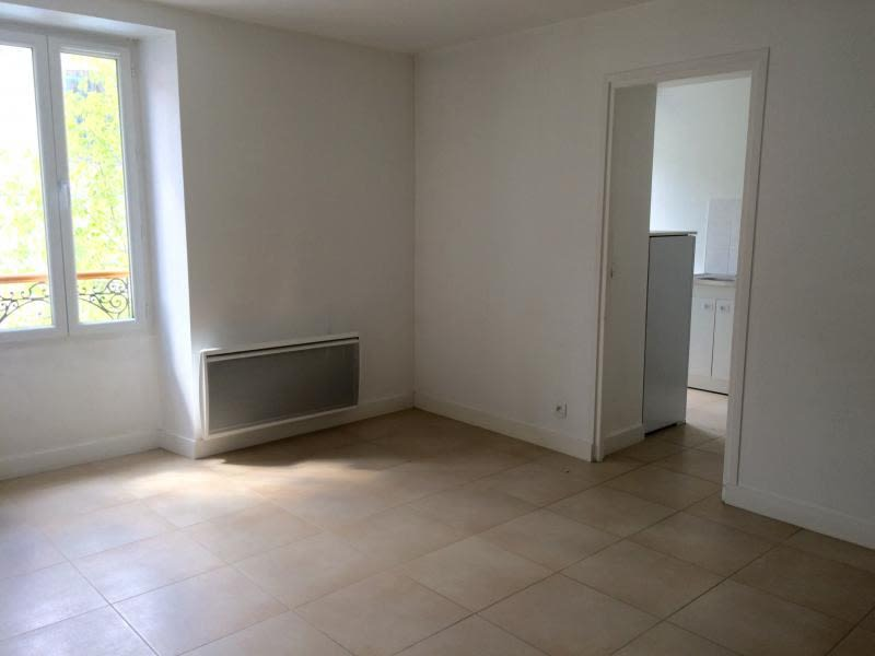 Rental apartment Villennes sur seine 735€ CC - Picture 2