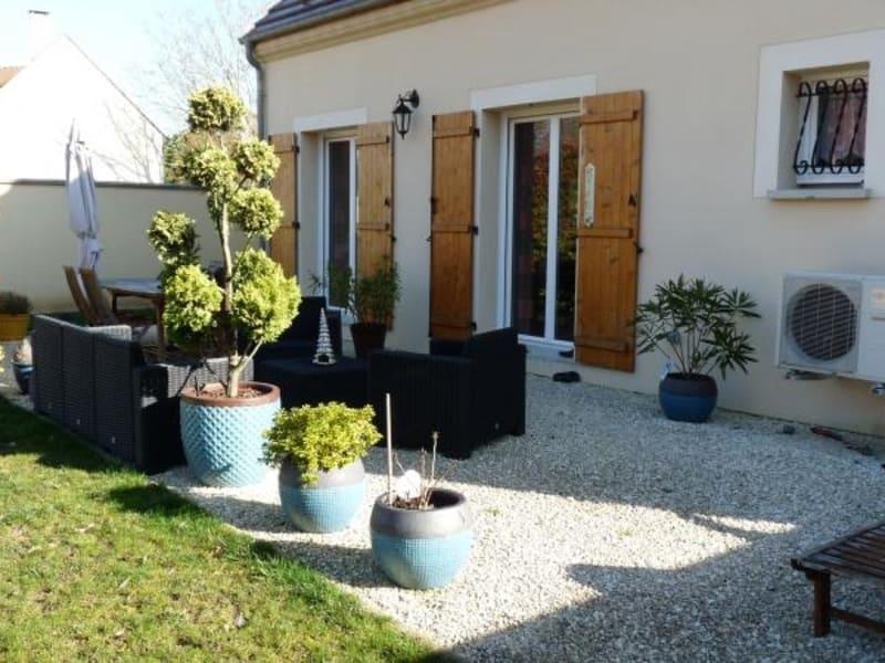 Sale house / villa Orgeval 575000€ - Picture 1