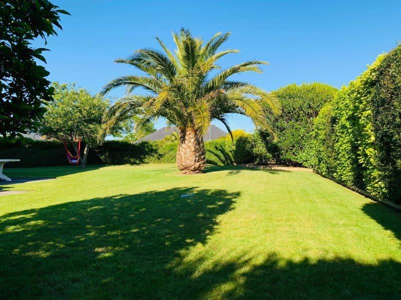 Sale house / villa Guilers 333000€ - Picture 2