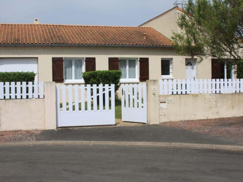 Location maison / villa Chauray 814€ CC - Photo 1