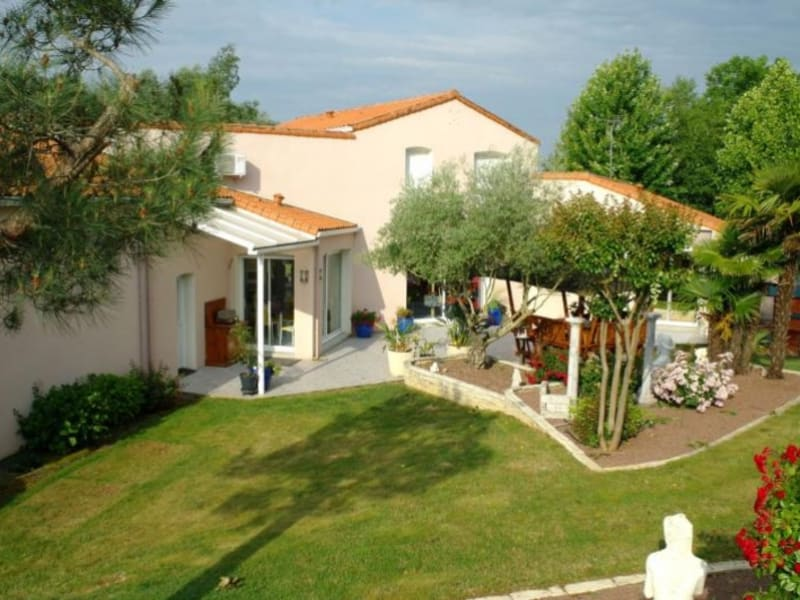 Vente maison / villa Coulon 399360€ - Photo 5