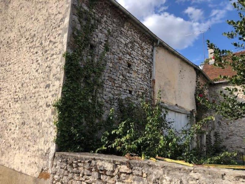 Sale house / villa Jouy sur morin 75600€ - Picture 2