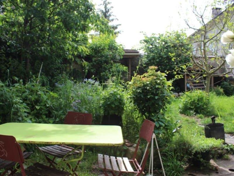Sale house / villa Verdelot 189900€ - Picture 2