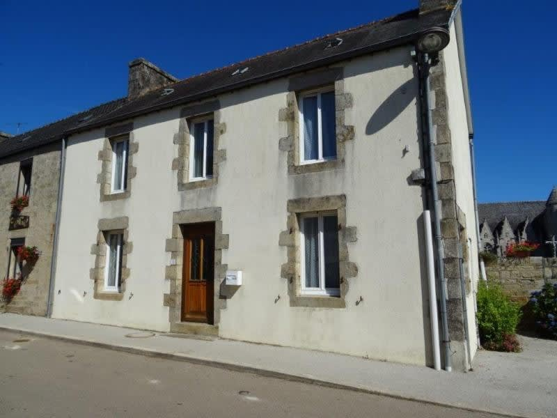 Sale house / villa Plourac h 79229€ - Picture 1