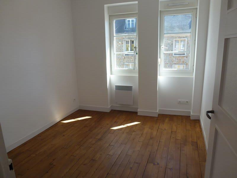 Location appartement Periers 375€ CC - Photo 3