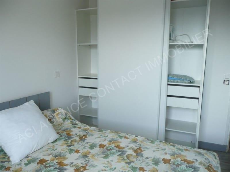 Location appartement St pierre du mont 340€ CC - Photo 2