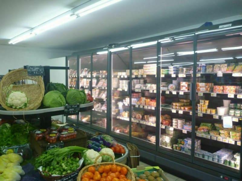 Commercial property sale shop Thiberville 84000€ - Picture 2