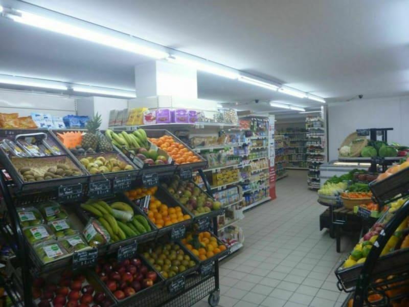 Commercial property sale shop Thiberville 84000€ - Picture 3