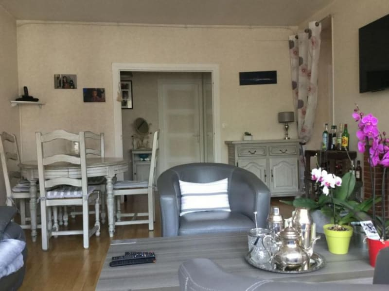 Sale apartment Lisieux 152250€ - Picture 2
