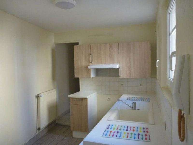 Sale apartment Lisieux 99900€ - Picture 2