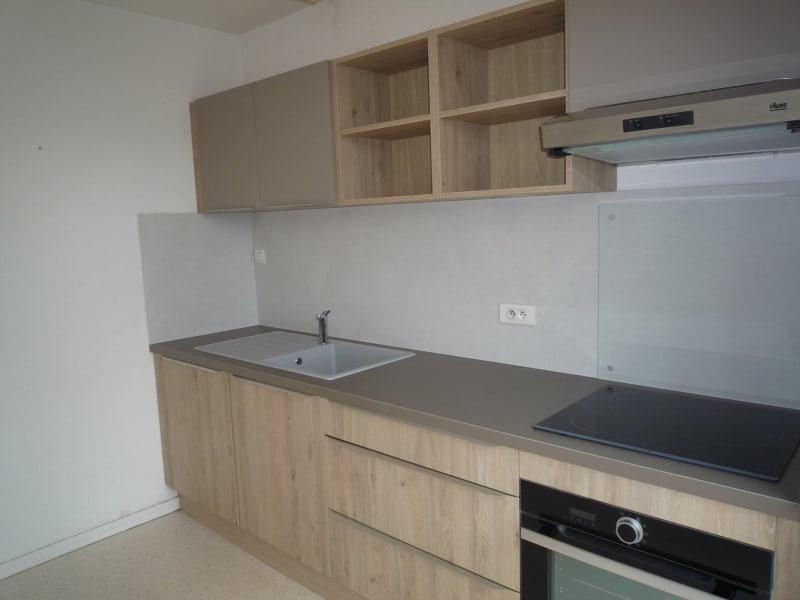 Rental apartment St julien chapteuil 399€ CC - Picture 2