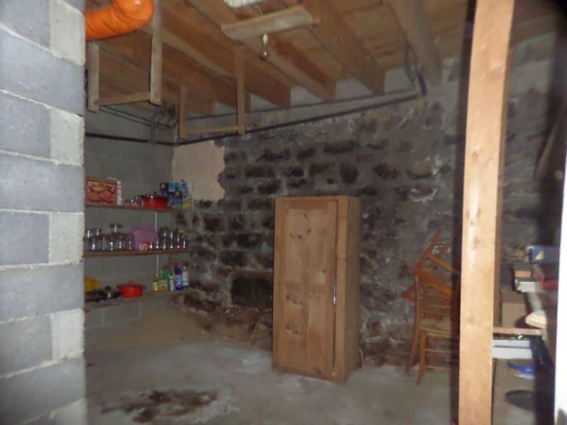 Sale house / villa Presailles 80000€ - Picture 7