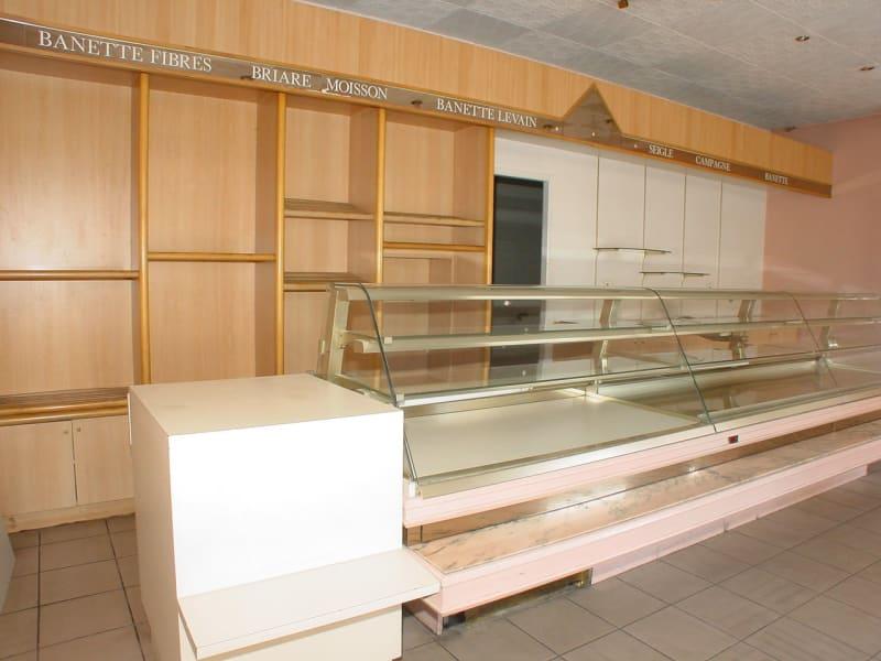 Sale empty room/storage St etienne 78000€ - Picture 4