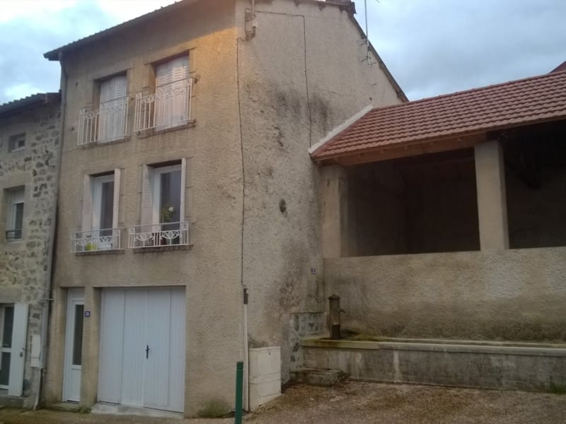 Location maison / villa Lantriac 390€ CC - Photo 1