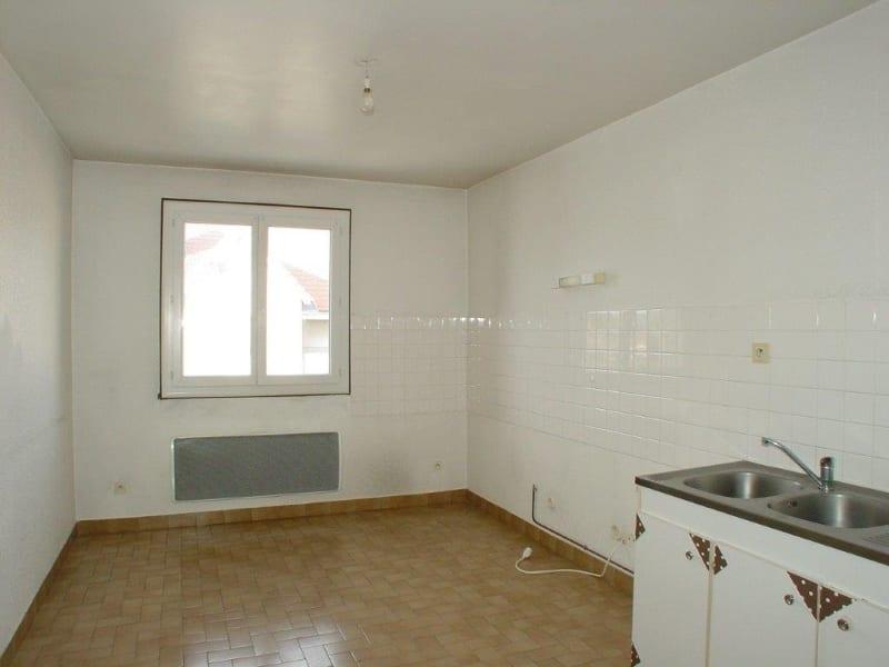 Rental apartment Le chambon sur lignon 349€ CC - Picture 2