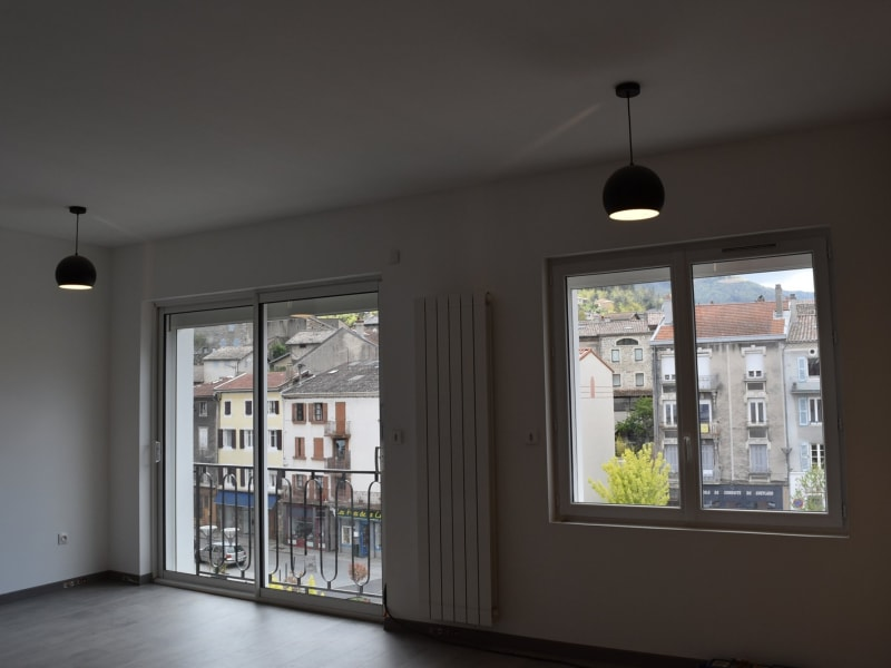 Sale apartment Le cheylard 95 000€ - Picture 5