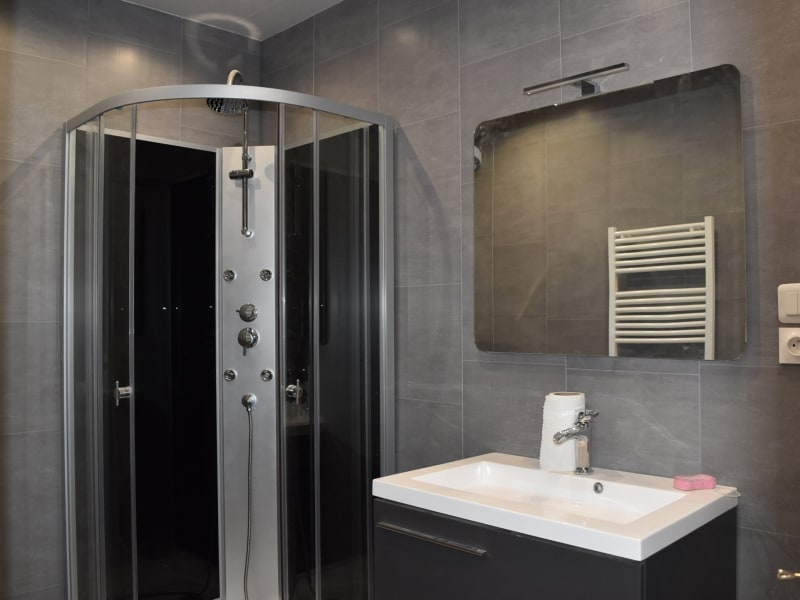 Sale apartment Le cheylard 95 000€ - Picture 3