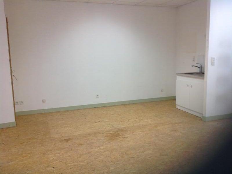 Rental empty room/storage Le chambon sur lignon 350€ HC - Picture 2