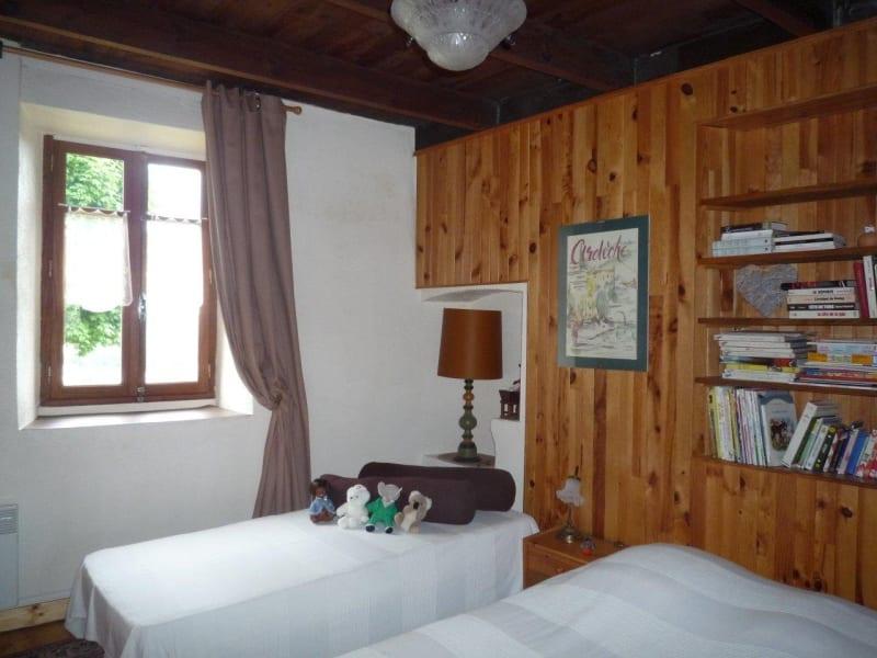 Sale house / villa St agreve 125000€ - Picture 8