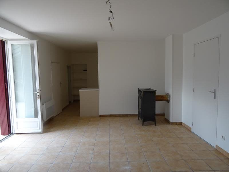 Rental house / villa Souvigny 798€ CC - Picture 5
