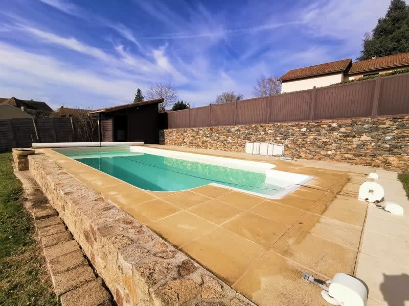 Sale house / villa Solignac 253000€ - Picture 1