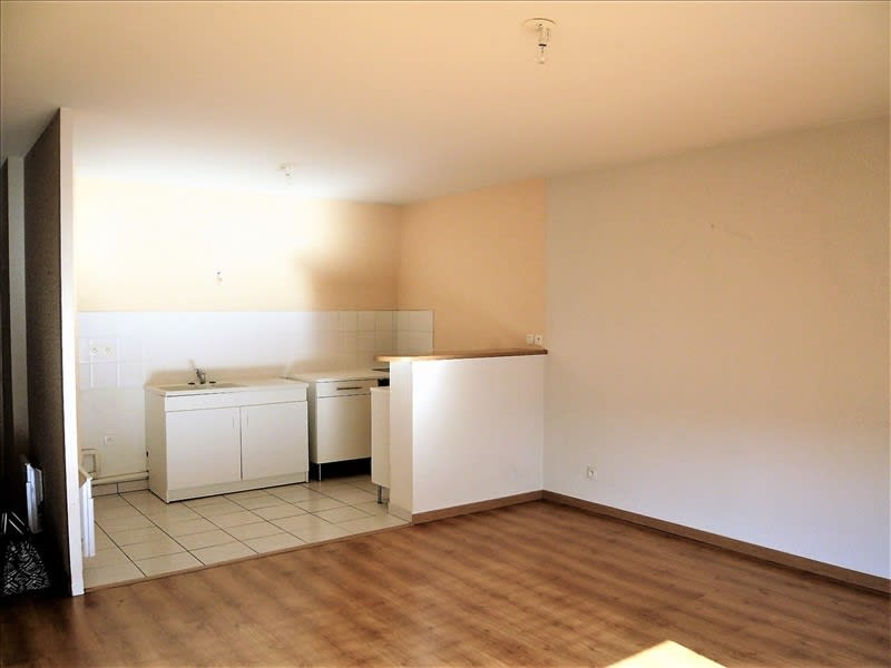 Rental apartment Lons 567,88€ CC - Picture 3