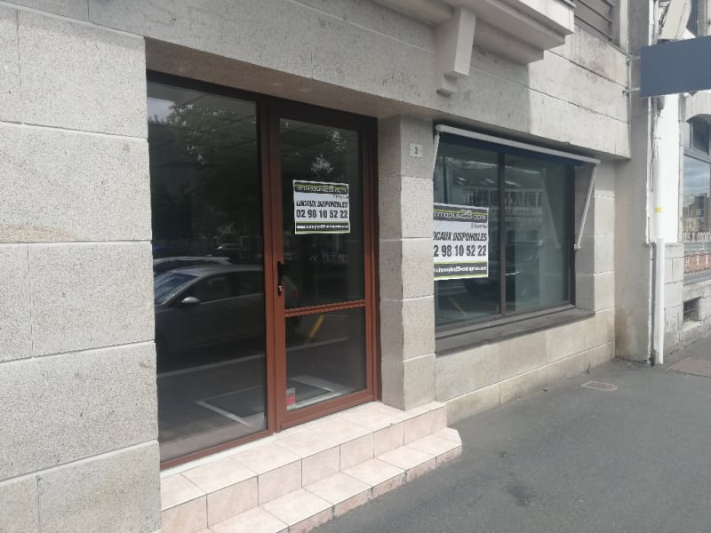Location local commercial Quimper 1 250€ HC - Photo 1