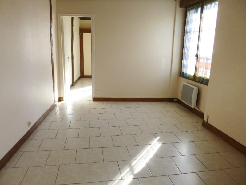 Location appartement Verneuil d avre et d iton 421€ CC - Photo 1