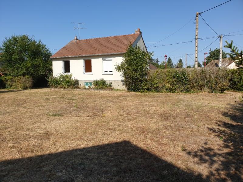 Sale house / villa Tigy 139000€ - Picture 2