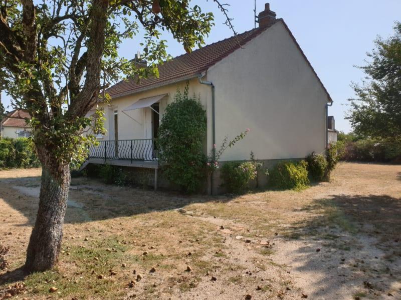 Sale house / villa Tigy 139000€ - Picture 4