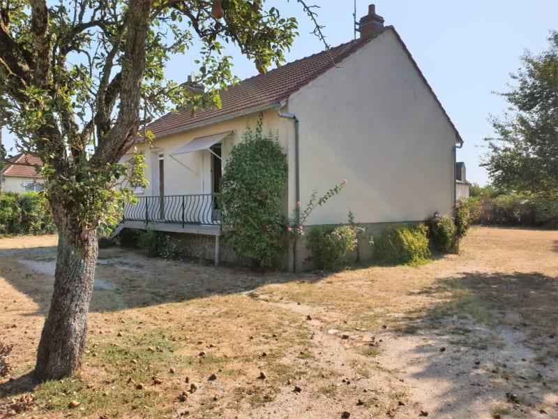 Sale house / villa Tigy 139000€ - Picture 5