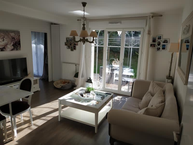 Sale apartment Orgeval 236000€ - Picture 1