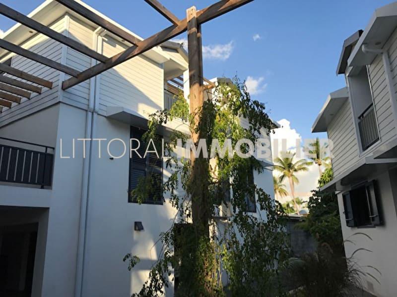 Sale building Saint gilles les bains 3465000€ - Picture 1