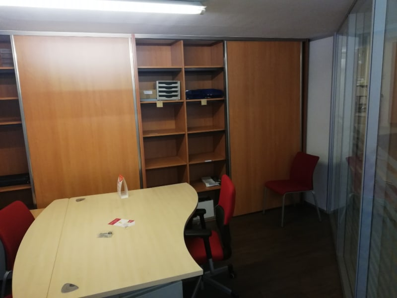 Location local commercial Quimper 3 500€ HC - Photo 3