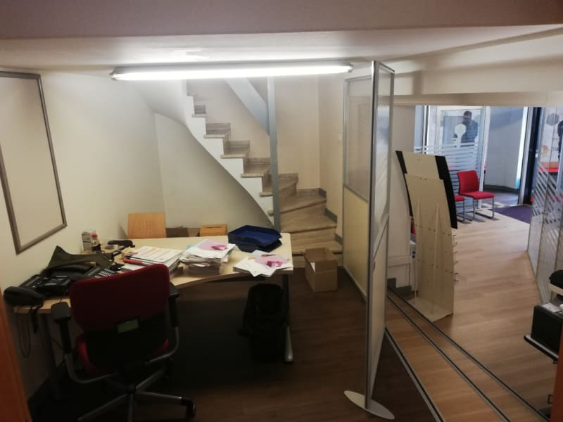 Location local commercial Quimper 3 500€ HC - Photo 4