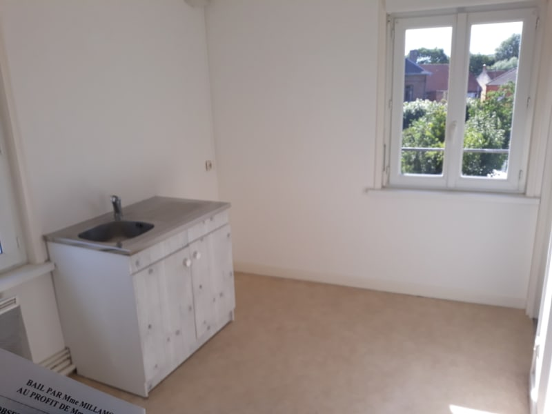 Rental apartment Therouanne 405€ CC - Picture 2