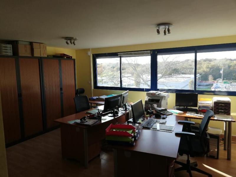 Location local commercial Quimper 4000€ HC - Photo 5