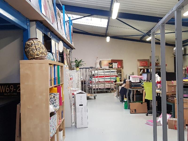 Location local commercial Quimper 3300€ CC - Photo 4