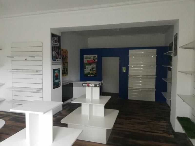 Location local commercial Quimper 990€ CC - Photo 3