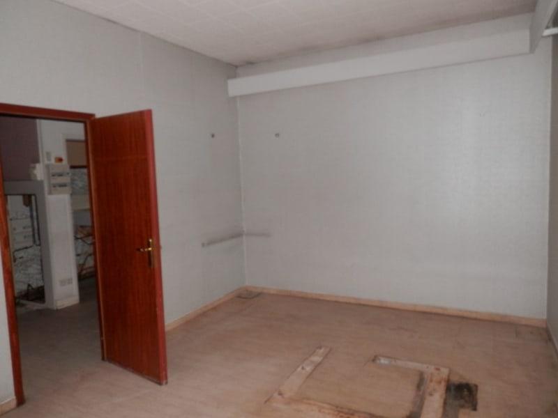 Sale empty room/storage Les andelys 87000€ - Picture 3